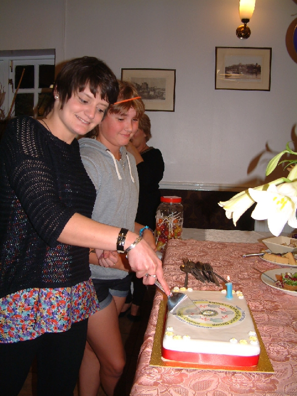 Cutting-the-Cake-Leona-and-Grace
